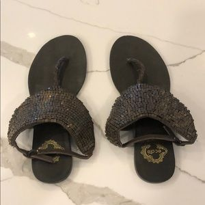 Ecote sandals